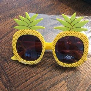 Circus pineapple glasses, NWT